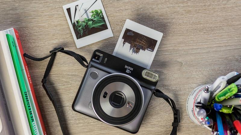 Recensione Fujifilm Instax Square SQ6 Prezzo e Opinioni